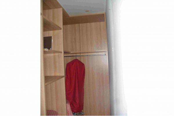 cabina-armadio-arredamenti-guerra-vicenza-occasioni-6BD1FEBF8-727D-6475-4EF4-C84284864D88.jpg